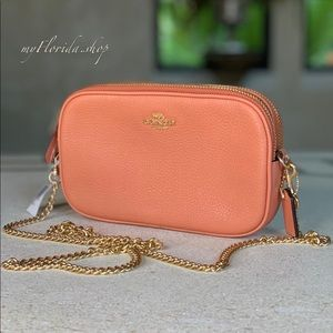 NWT❗️COACH Crossbody/ Xbody/ Shoulder Bag in Coral